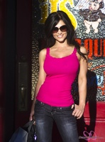 Дениз Милани, фото 4571. Denise Milani Out Shopping, foto 4571