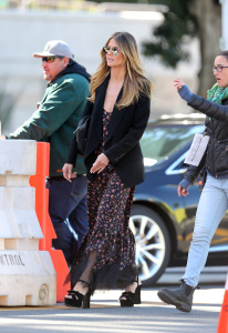 Heidi Klum - Arriving on the Ocean's Eight Set in Los Angeles - March 6th 2017