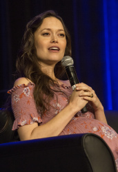 Summer Glau - Wizard World Chicago 2017 @ Donald E. Stephens Convention Center in Rosemont - 08/26/17