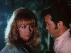 Angelique Pettyjohn, Alicia Alonzo @ The Mad Doctor of Blood Island (US 1968) R4DYcgtn