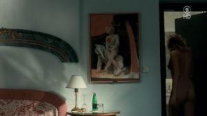 Doris Golpashin, Patricia Aulitzky, Martina Hirsch & Others @ Falco: Verdammt wir leben noch  (D/Ö 2008) [720p HDTV] BCHYkeuQ