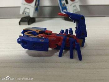 [KFC Toys] Produit Tiers - Jouet Transistor (aka Blaster/Tempo) + DoubleDeck (Twincast) + Fader (aka Eject/Éjecteur) + Rover (aka Autoscout) YT0dqUDE