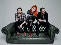 Paramore (Hayley Williams,  Jeremy Davis, Taylor York) - Chris McAndrew Photoshoot for The Guardian (February, 2013) - 35xHQ OjHBIg9F