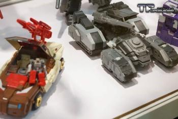 [Maketoys] Produit Tiers - Jouets MTRM - aka Headmasters et Targetmasters 581OjHoe