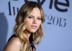 Halston Sage - 2015 InStyle Awards @ the Getty Center in Los Angeles - 10/26/15