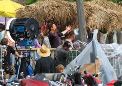 Robert Downey Jr. - On The Set Of 'Iron Man 3' 2012.10.02 - 19xHQ FipKTahZ
