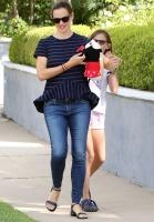 Jennifer Garner - Out in Los Angeles 7/24/17