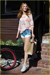 Bella Thorne - out in Venice 12/1/14
