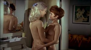 Uden en traevl lesbian scene - 3 part 3