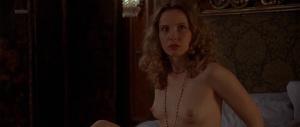 Robin Tunney, Julie Delpy, Emily Bruni @ Investigating Sex (DE/US 2001) Izh6t8c3