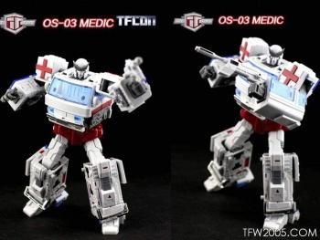 [TFC Toys] Produit Tiers - OS-01 Ironwill (aka Ironhide/Rhino) & OS-03 Medic (aka Ratchet/Mécano) Rd8InD4c