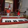Interactive piano stage U44tycxD