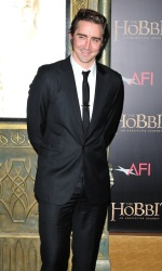 Lee Pace - attends 'The Hobbit An Unexpected Journey' New York Premiere at Ziegfeld Theater in New York - December 6, 2012 - 8xHQ 6Cq78x3E