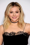 """Chloe Grace Moretz """"The 2015 American Music Awards - Arrivals held at Microsoft Theatre """" Los Angeles, CA 22.11.2015 (x54) Updated 2 Z4TY7bfe"""