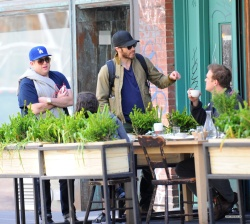 Jake Gyllenhaal & Jonah Hill & America Ferrera - Out And About In NYC 2013.04.30 - 37xHQ AnfgfAOW