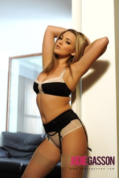 set060 Black And Cream Lingerie 27.10.12