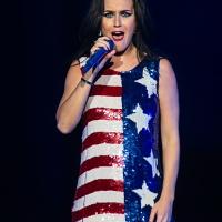 Katy Perry   Performs at Hillary Clinton Fundraiser on Nov 5 (14 Photos)