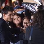 EVENTO-Premier AMANECER 2 en Los Angeles (13/11/12) AdfesUtj