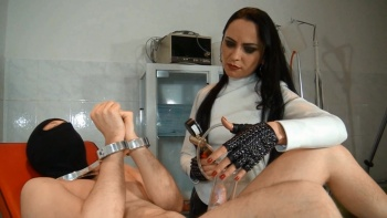Fetish Diva Nadja - Forced orgasm for the slave in the clinic (part 1/2)
