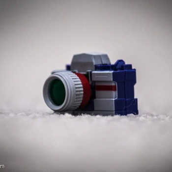 [Fanstoys] Produit Tiers - Jouet FT-11 Spotter - aka Reflector/Réflecteur 6lDJXoiG