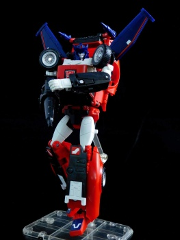[Masterpiece] MP-25L LoudPedal (Rouge) + MP-26 Road Rage (Noir) ― aka Tracks/Le Sillage Diaclone - Page 2 5U8joB9m