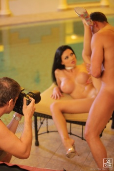 Aletta Ocean - All Photosets Famous PornStar - Page 18