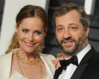 """Leslie Mann """"2015 Vanity Fair Oscar Party hosted by Graydon Carter at Wallis Annenberg Center for the Performing Arts in Beverly Hills"""" (22.02.2015) 126x  0080UiHS"""
