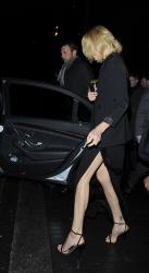 Sean Penn - Charlize Theron and Sean Penn - seen leaving Royal Festival Hall. London - February 16, 2015 (153xHQ) QNhkuEIy