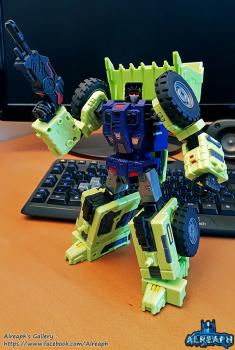 [Toyworld] Produit Tiers - Jouet TW-C Constructor aka Devastator/Dévastateur (Version vert G1 et jaune G2) - Page 6 JHUix3Vq