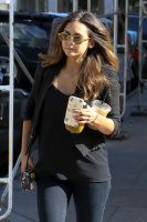 Nina Dobrev with Hilary at Alfred Coffee & Kitchen in West Hollywood (July 29) BB8Yltns