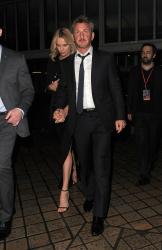 Sean Penn - Charlize Theron and Sean Penn - seen leaving Royal Festival Hall. London - February 16, 2015 (153xHQ) SXydrCPX