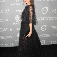 Jessica Alba   The Fifth Annual Baby2Baby Gala on Nov 12 (9 Photos)