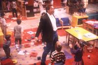 Детсадовский полицейский / Kindergarten Cop (Арнольд Шварценеггер, 1990).  JZgYVcUp