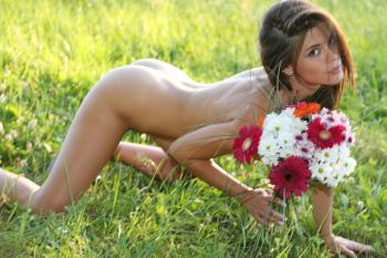 [Watch4Beauty] - Little Caprice - Magazine - Flower Power (x43) 5760px