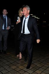 Sean Penn - Charlize Theron and Sean Penn - seen leaving Royal Festival Hall. London - February 16, 2015 (153xHQ) OhOi0liN