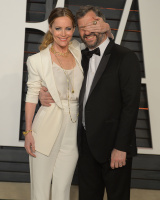 """Leslie Mann """"2015 Vanity Fair Oscar Party hosted by Graydon Carter at Wallis Annenberg Center for the Performing Arts in Beverly Hills"""" (22.02.2015) 126x  BW9JQFm7"""