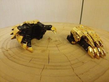 [Toyworld][Zeta Toys] Produit Tiers - Jouet TW-D aka Combiner Dinobots GL3kx1Dy