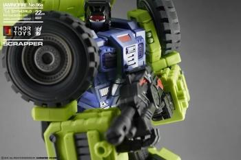 [Toyworld] Produit Tiers - Jouet TW-C Constructor aka Devastator/Dévastateur (Version vert G1 et jaune G2) - Page 5 RGaW3npZ