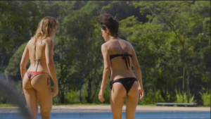 Bianca Messina, Carolina Chalita @ Amor De 4 s01e01 (BR 2017) [HD 720p WEBRip] D0AsCUwP