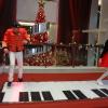 Interactive piano stage VlbyU08l