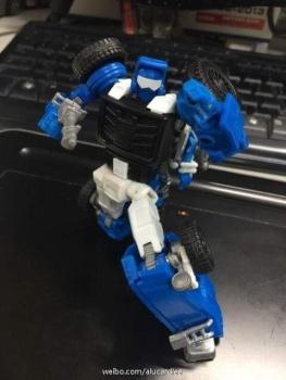 [X-Transbots] Produit Tiers - Minibots MP - Gamme MM - Page 3 VXkQ9DAV