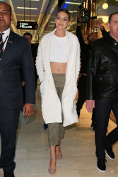 Gigi Hadid - Leaving Guess store in Sydney - 08/05/15