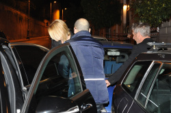 Sean Penn - Sean Penn and Charlize Theron - depart from Rome after a Valentine's Day weekend - February 15, 2015 (37xHQ) SihaQAq7