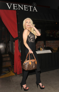 Courtney Stodden - Seen Out On Valentine's Day At Locanda Vaneta Italian Restaurant In Los Angeles - February 14th 2017