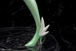 Saint Seiya Ω (Omega) Yuna Eagle (Megahouse) 25 Mars 2013 - Page 4 AdgmYLis