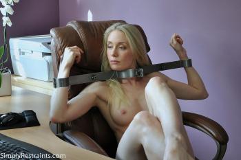 Legal Nudist Girl Photos