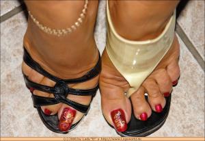 Foot Fetish (XXX Nikolay Collection) 07.03.2016 (Milf, blond, brunett, Mature) (37)