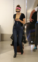Nina Dobrev at LAX Airport (March 27) FsCcU87R