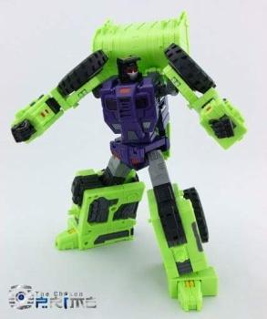 [Toyworld] Produit Tiers - Jouet TW-C Constructor aka Devastator/Dévastateur (Version vert G1 et jaune G2) - Page 5 UqBV02WC