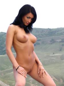 http://6.t.imgbox.com/RGY05b4q.jpg